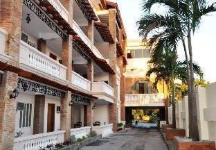 picture 3 of The Palacio de Laoag