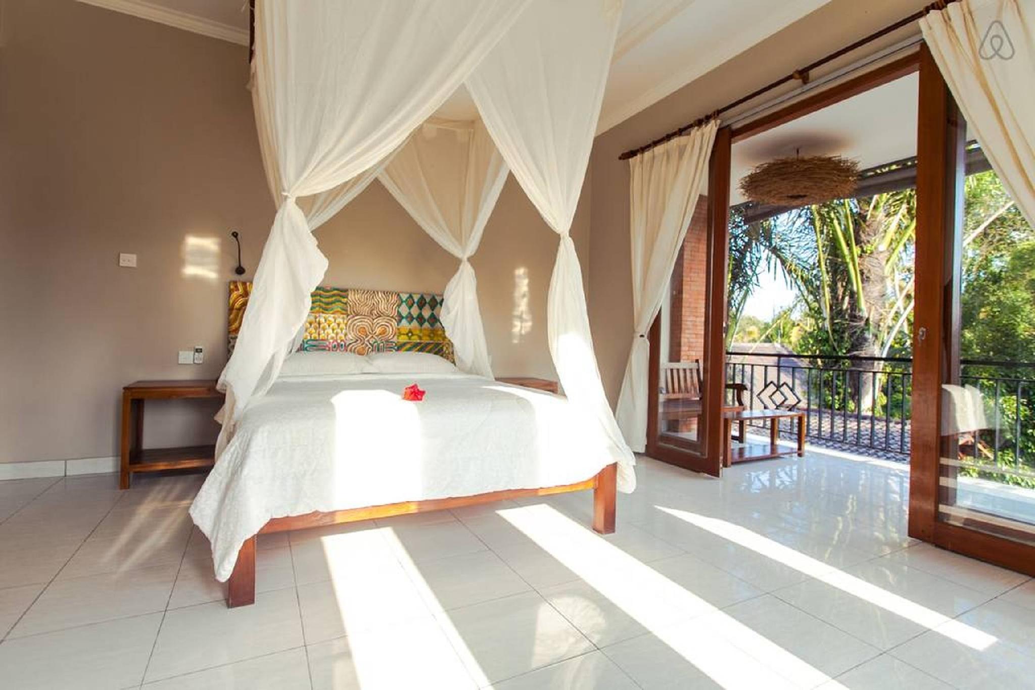 Surprise Suite In A Designer Villa