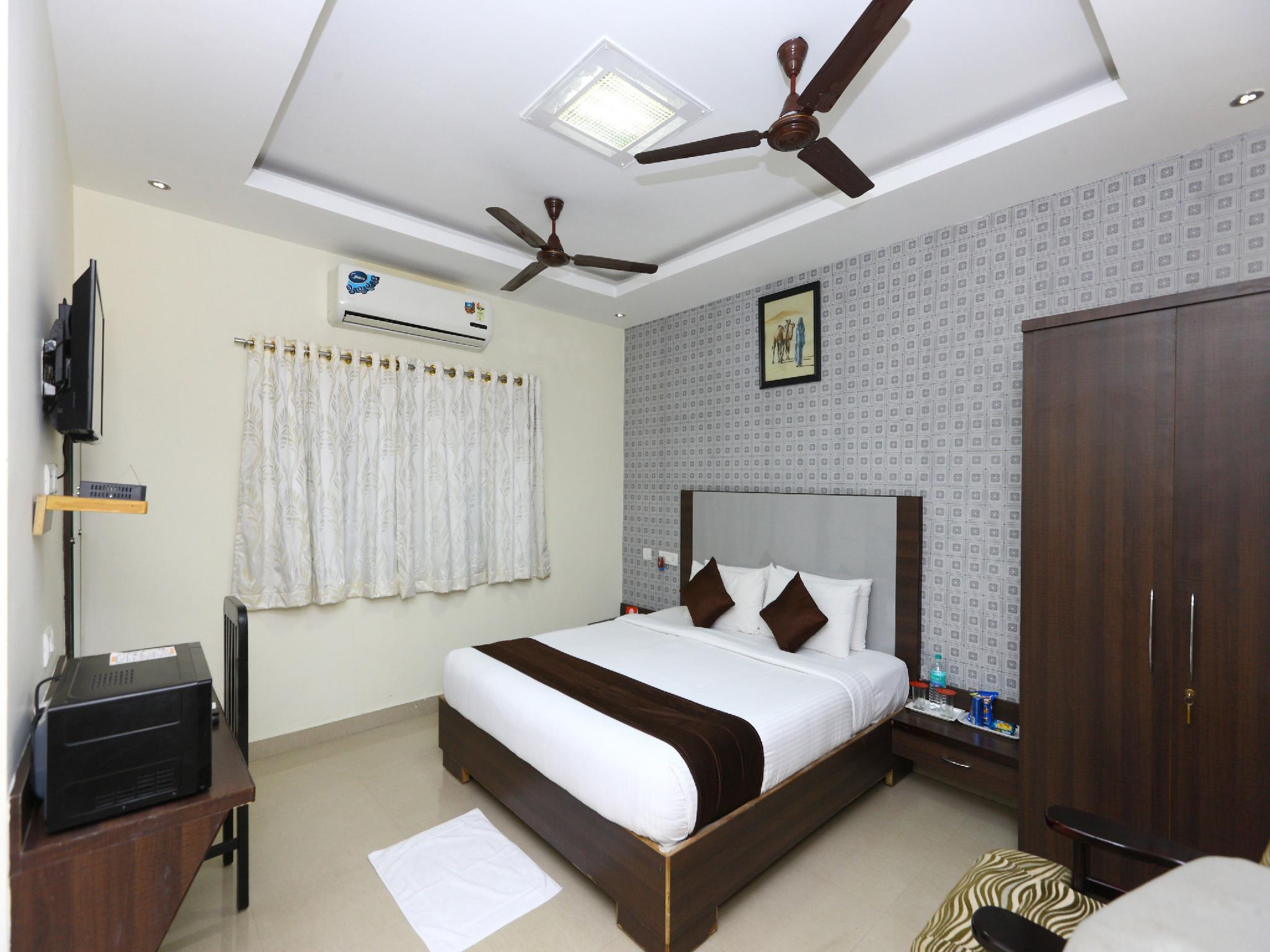 Capital O 5045 Apartment NKS Leo Inn