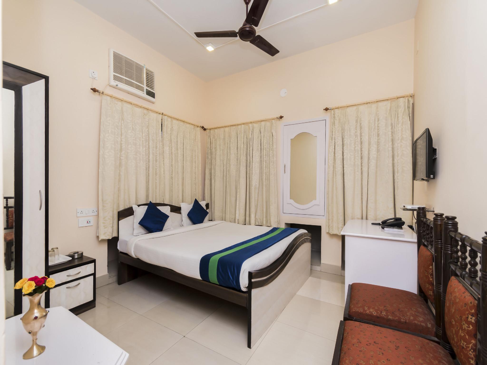 Capital O 8998 Hotel Aayash