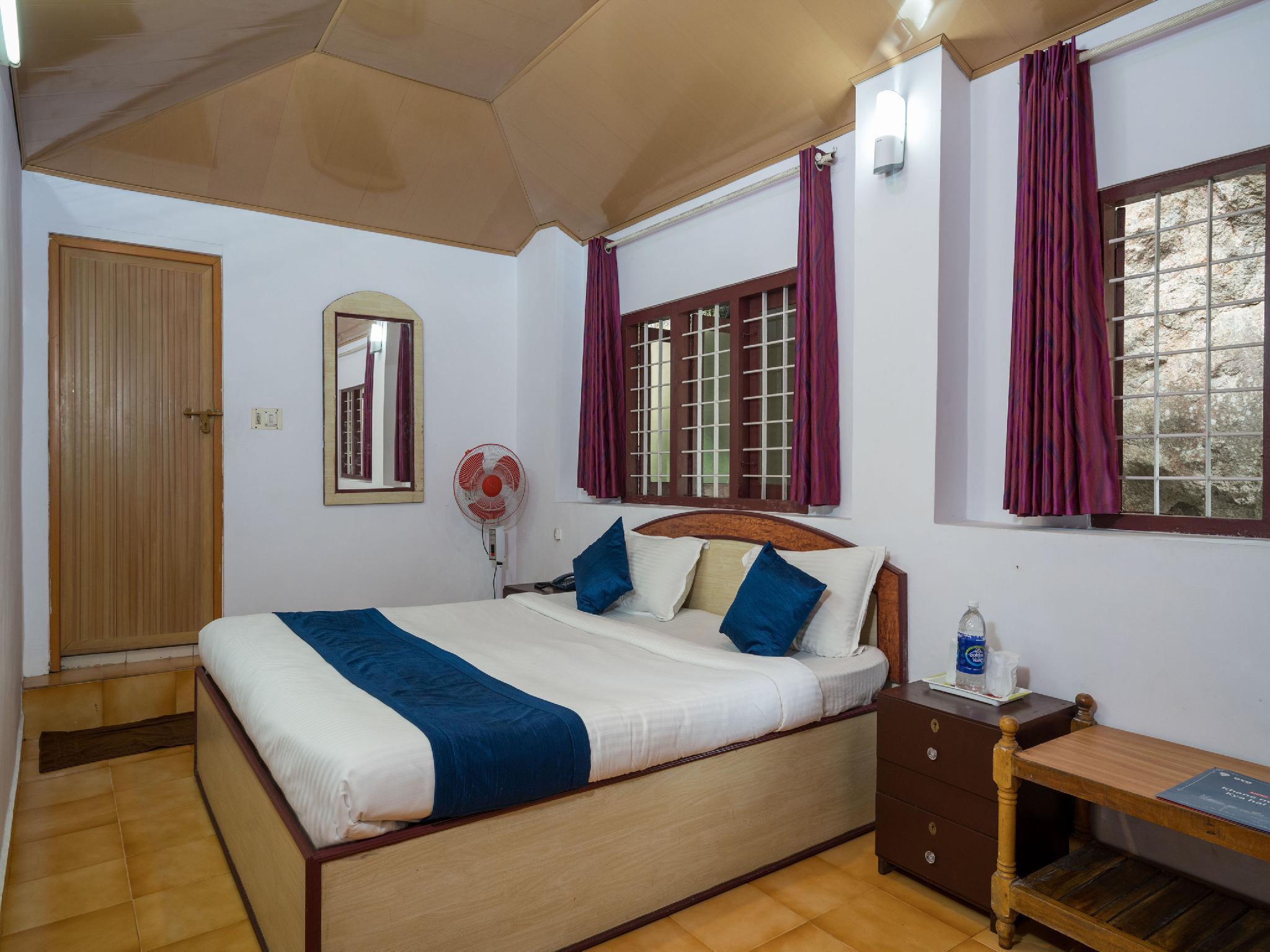 OYO 10262 Hotel Munnar Rock