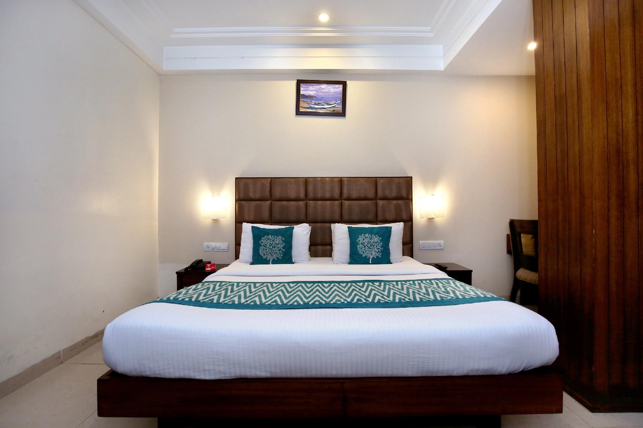 OYO 1423 Hotel Monerio