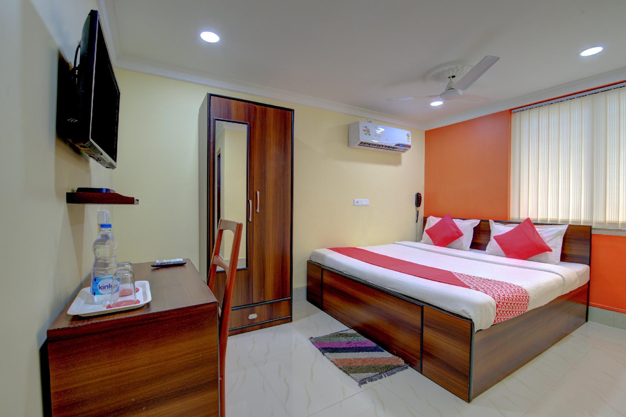 OYO 2890 Park Guest House