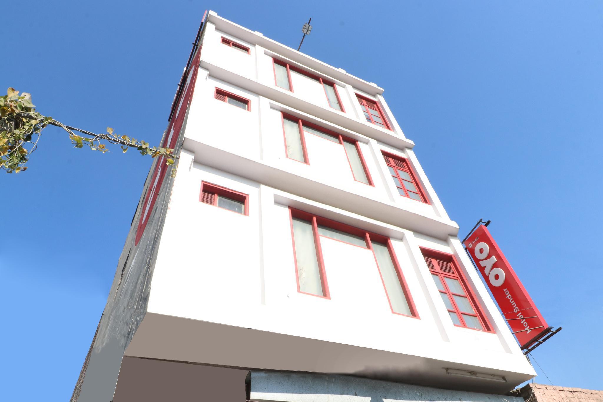 OYO 3145 Hotel Sunder