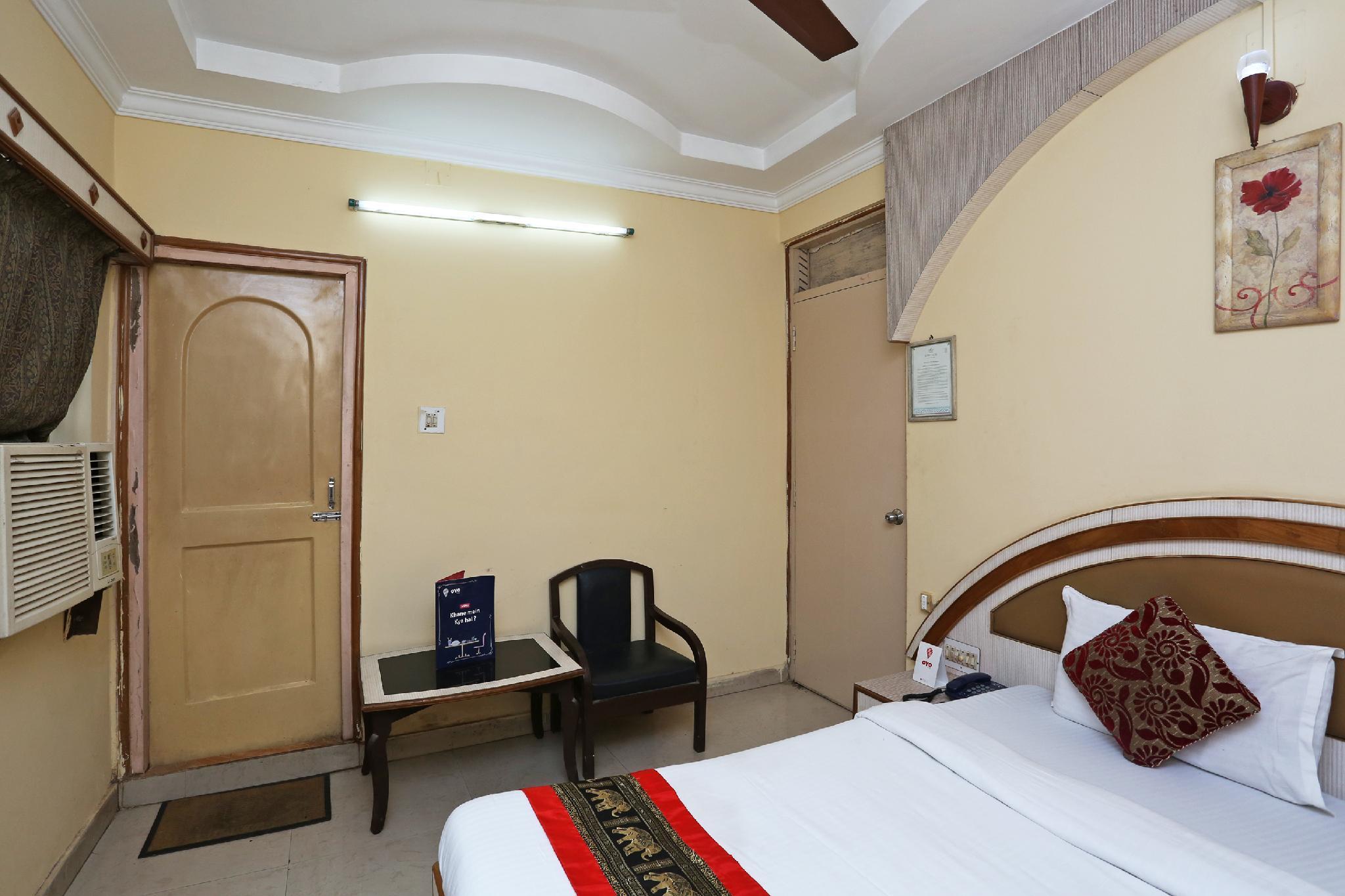 OYO 4065 Hotel Richi