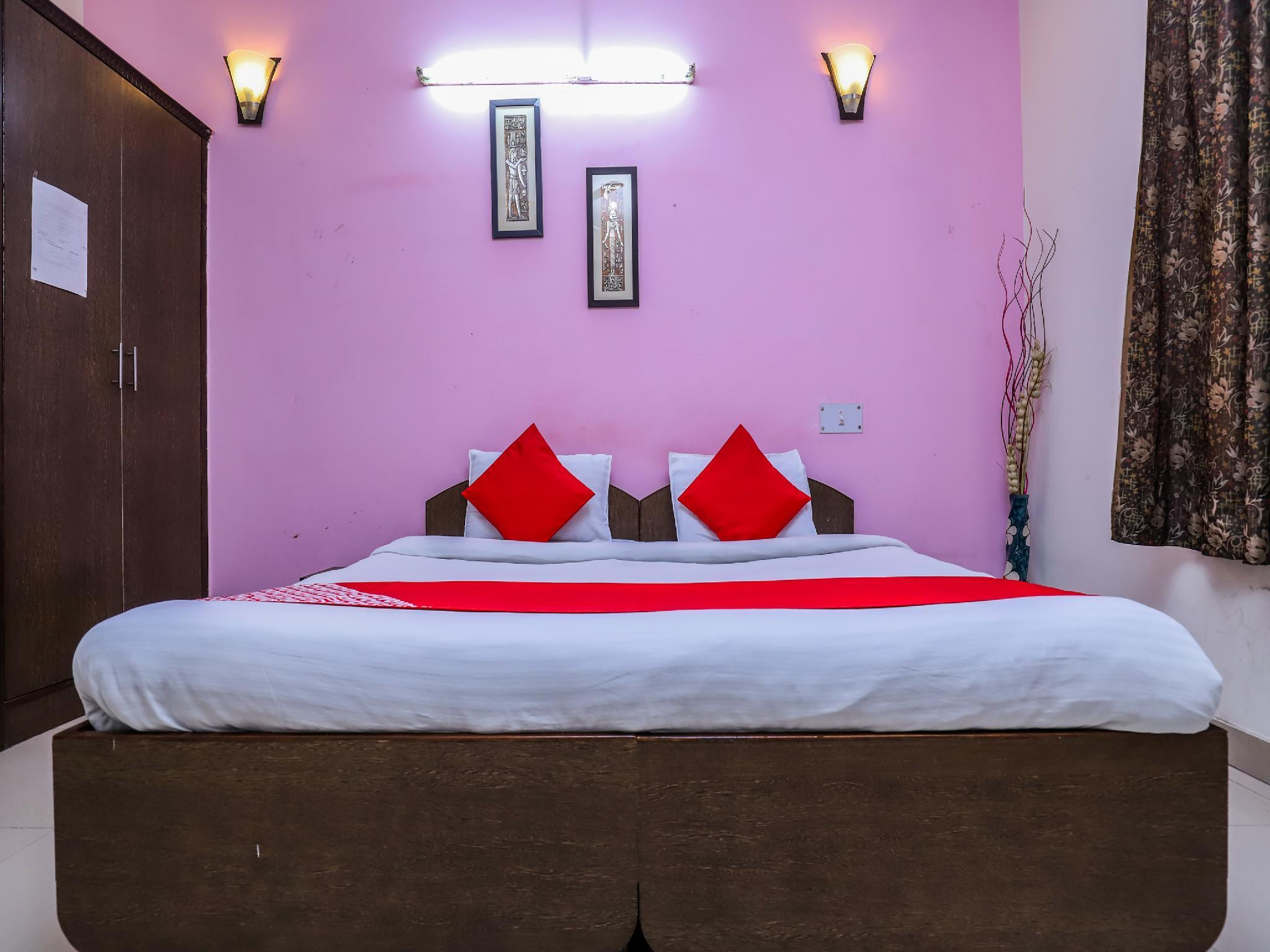 OYO 457 Hotel Mittal Residency