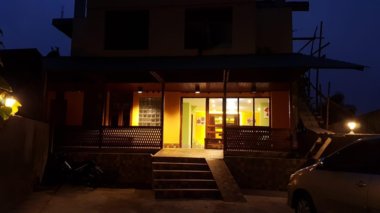Centro Ruteng Hostel