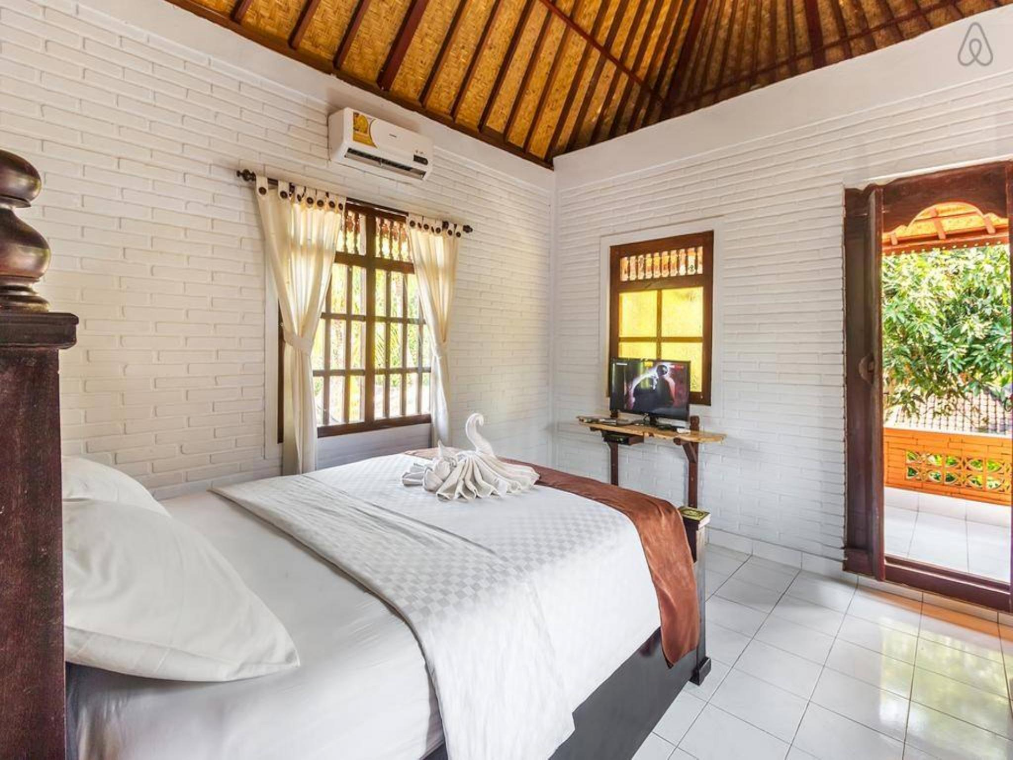 Discount Best Bungalows close to Monkey Forest