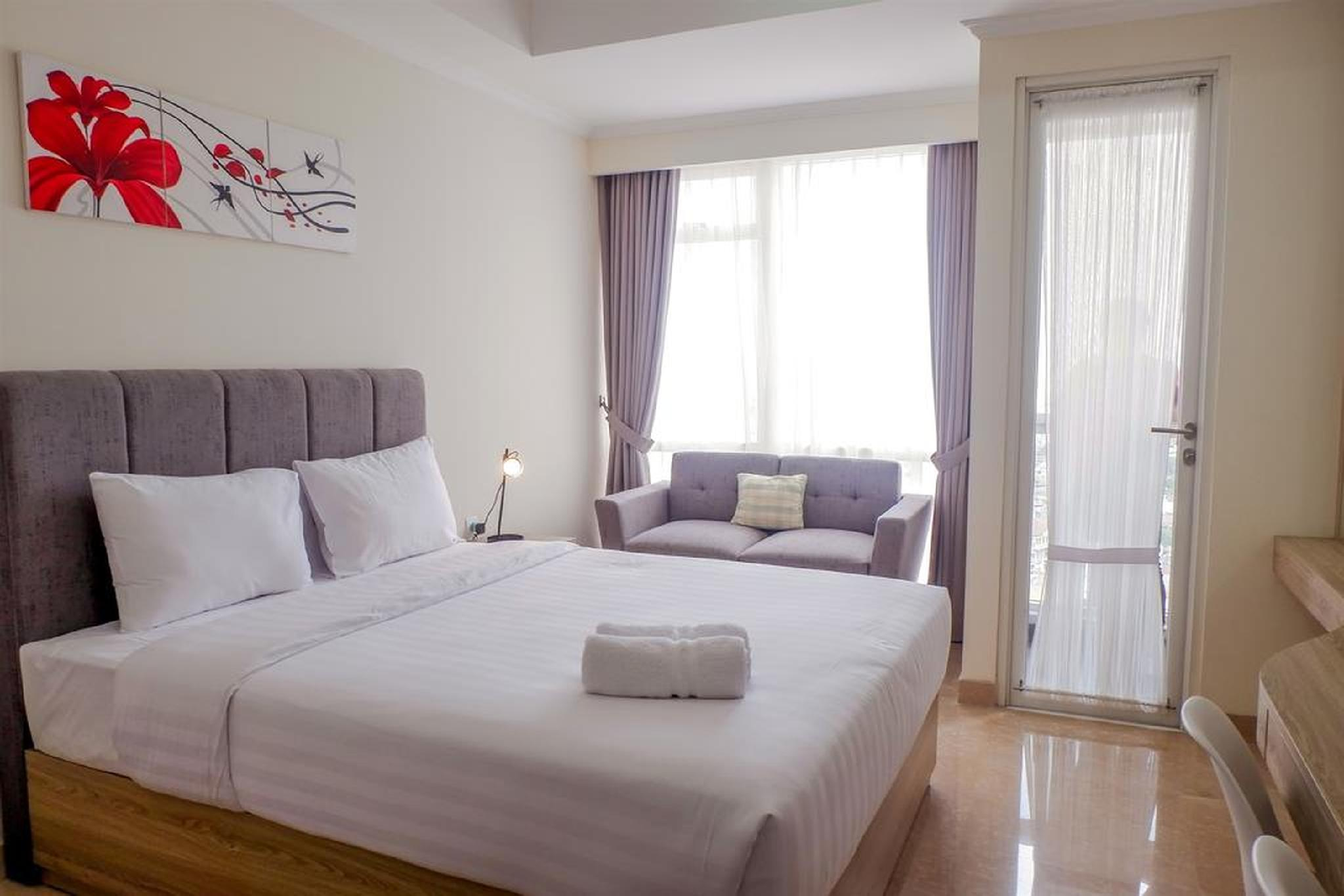 New Furnished Studio Menteng Park Apt By Travelio