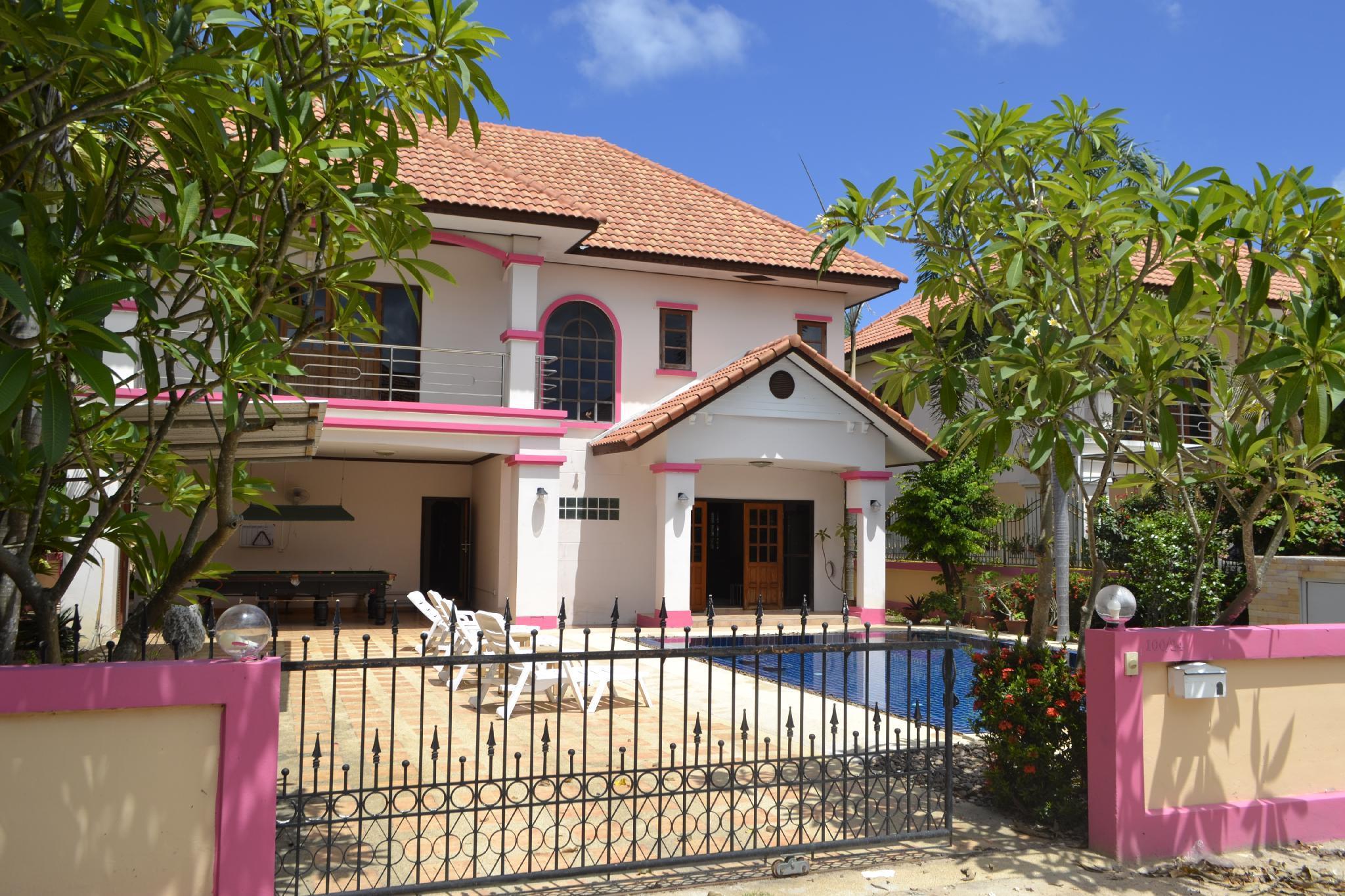 Tropical Love Villa