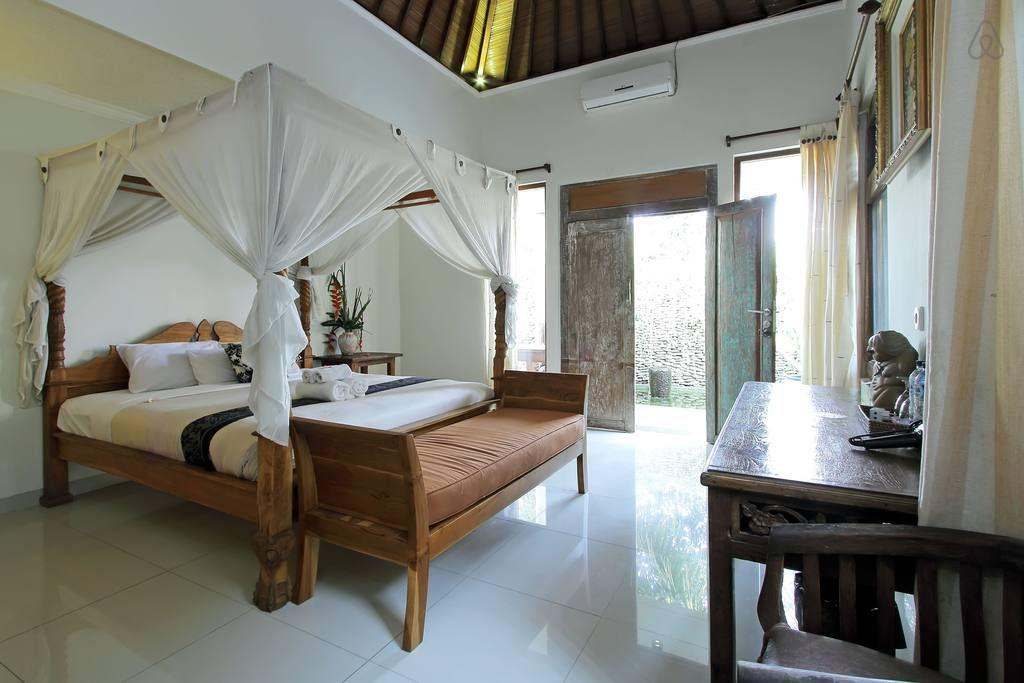 Lovely Two Bedrooms Balinese House with Pool Reviews
