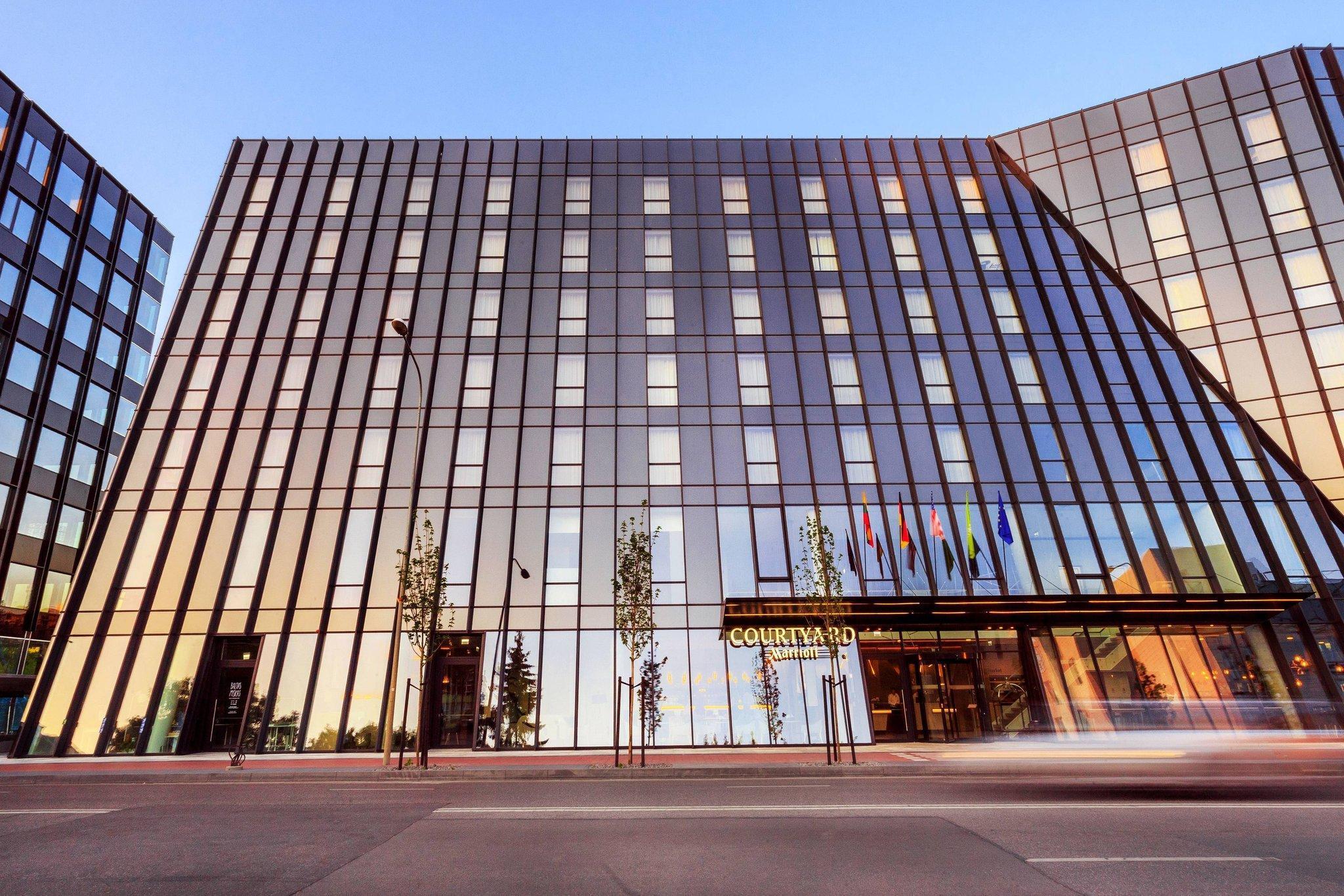 Courtyard Vilnius City Center