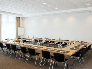 NH Berlin Alexanderplatz Berlin - Meeting Room