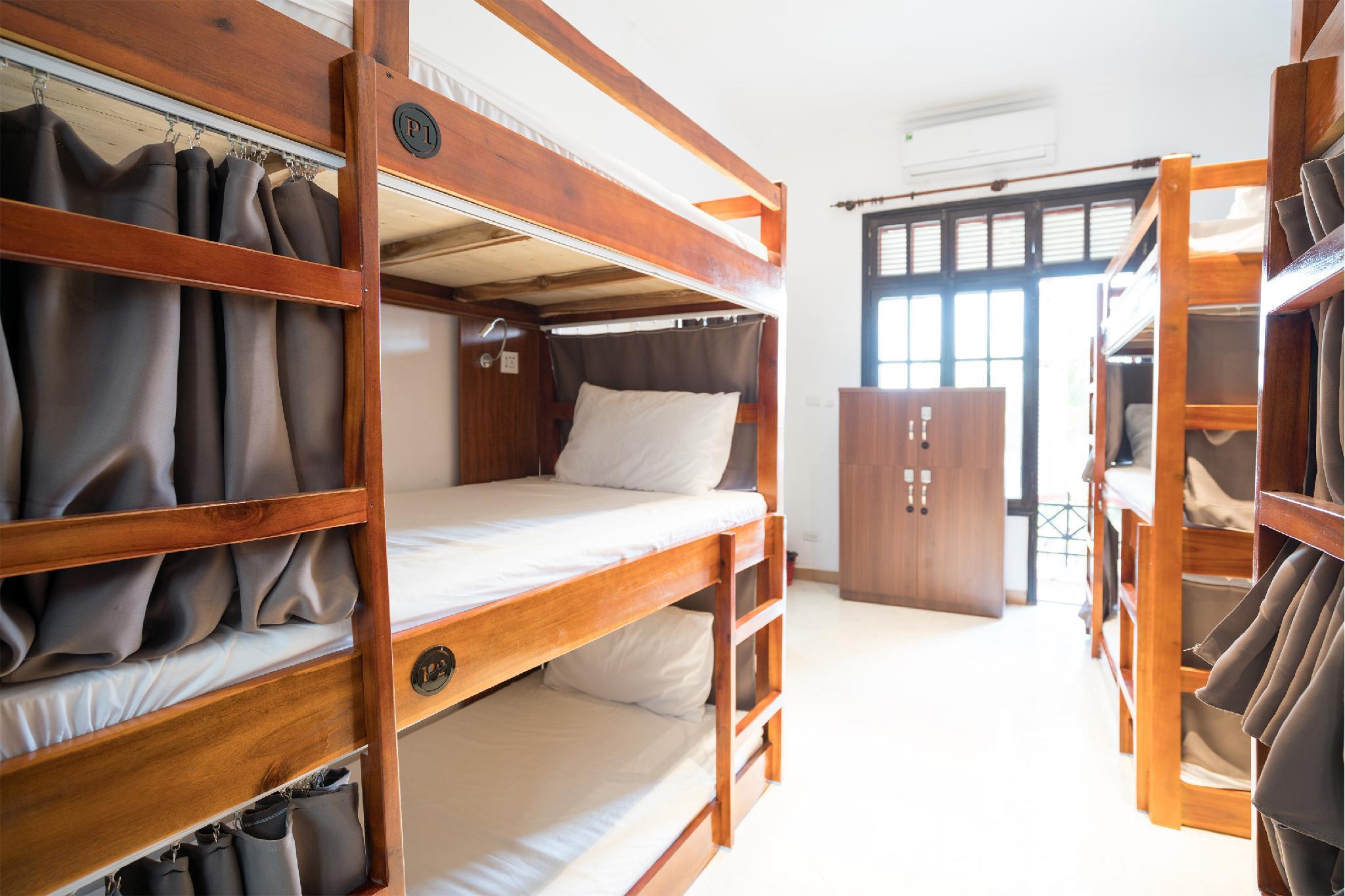 7Fridays West Lake Hostel
