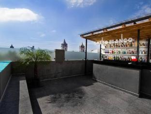 Hotel Gatto Blanco & Rooftop Club - Panama City