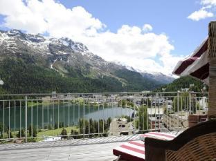 Schweizerhof Swiss Quality Hotel Санкт-Моріц - Балкон/Тераса