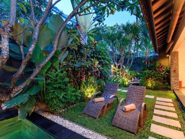 Ideal for Honeymooners - 1BR Villa Anjali Purple