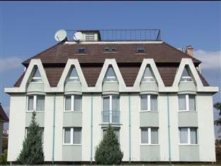 Hotel Bara Budapest - Hotel Bara Exterior