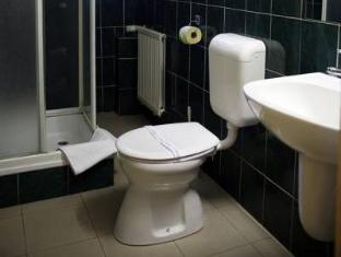 Hotel Bara Budapest - Bathroom