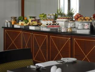 Moevenpick Hotel and Apartments Bur Dubai Dubai - Free Breakfast and evening drinks at Executive Lounge for Executive rooms and suites