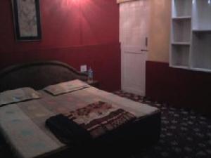 Vasundra Guest House