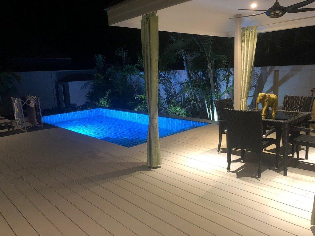 Coconutspalm Pool Villa