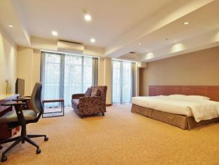 Caritas Bianchi Lodge Hotel Hong Kong - Superior Studio (King Bed)