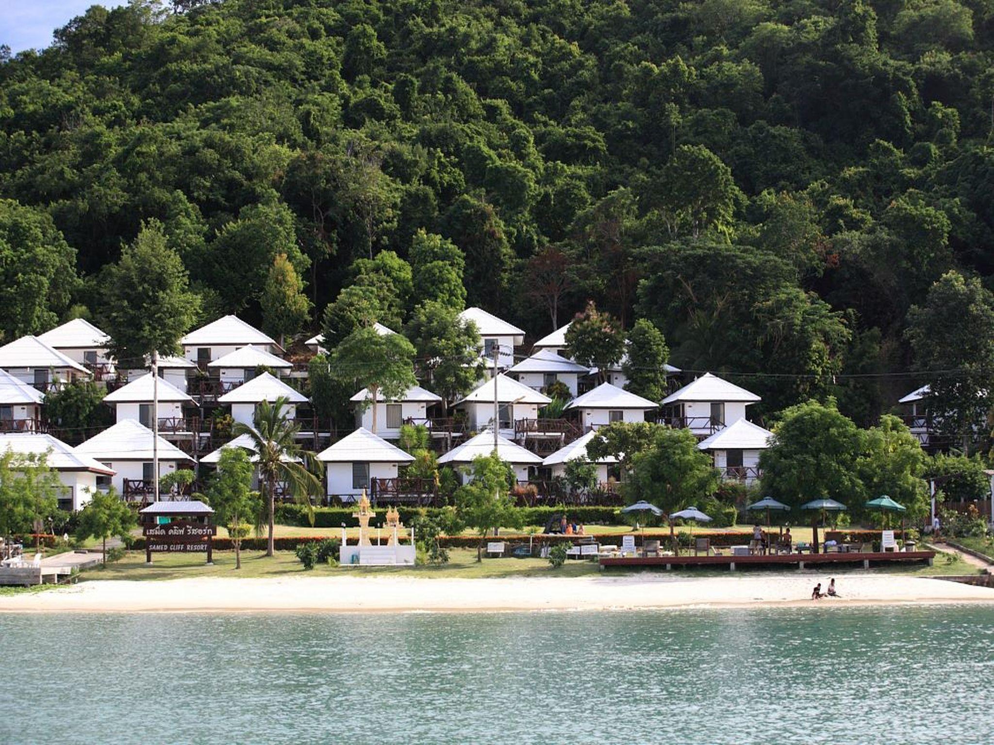 Samed Cliff Resort เสม็ด คลิฟ รีสอร์ท
