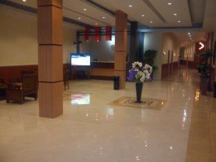 /id-id/sinar-hotel-pelaihari/hotel/banjarmasin-id.html?asq=jGXBHFvRg5Z51Emf%2fbXG4w%3d%3d
