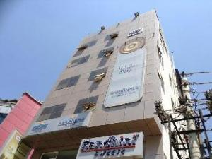 Hotel Nandhana Marthahalli