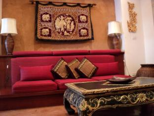 Nirvana Boutique Suites Hotel Pataja - Svečių kambarys