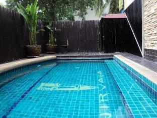 Nirvana Boutique Suites Hotel Pataja - Baseinas