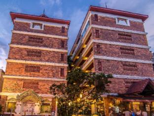 Raming Lodge Hotel Chiang Mai - Hotel Building