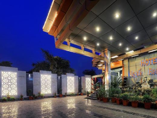 Royale Residency Hotel