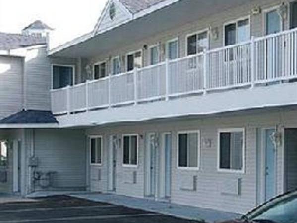 Mackinaw Budget Inn