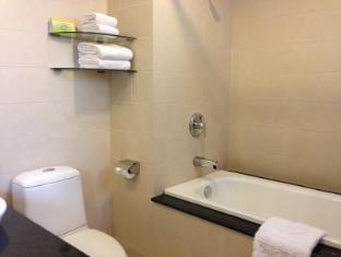 Liberty 2 Hotel Ho Chi Minh City - Bath room