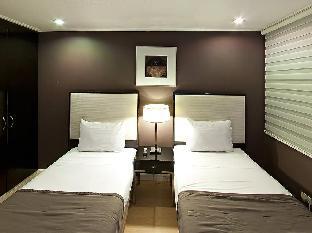picture 5 of Astoria Plaza Hotel
