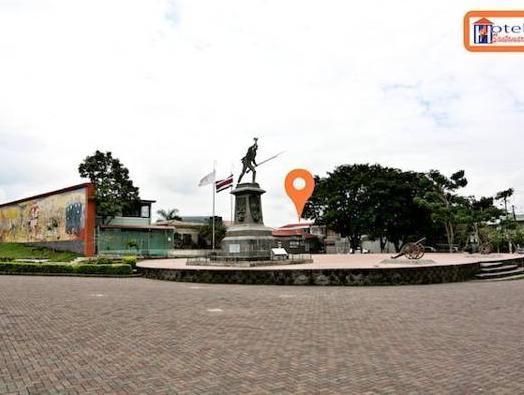 Hotel Santamaria Airport North   Alajuela Downtown