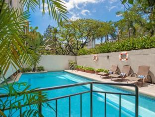 Somerset Olympia Makati Manila - Swimming Pool
