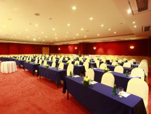 Waterfront Cebu City Hotel and Casino Cebu City - Meeting Room