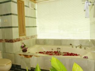 Absolute Sea Pearl Beach Resort Phuket - Bathroom