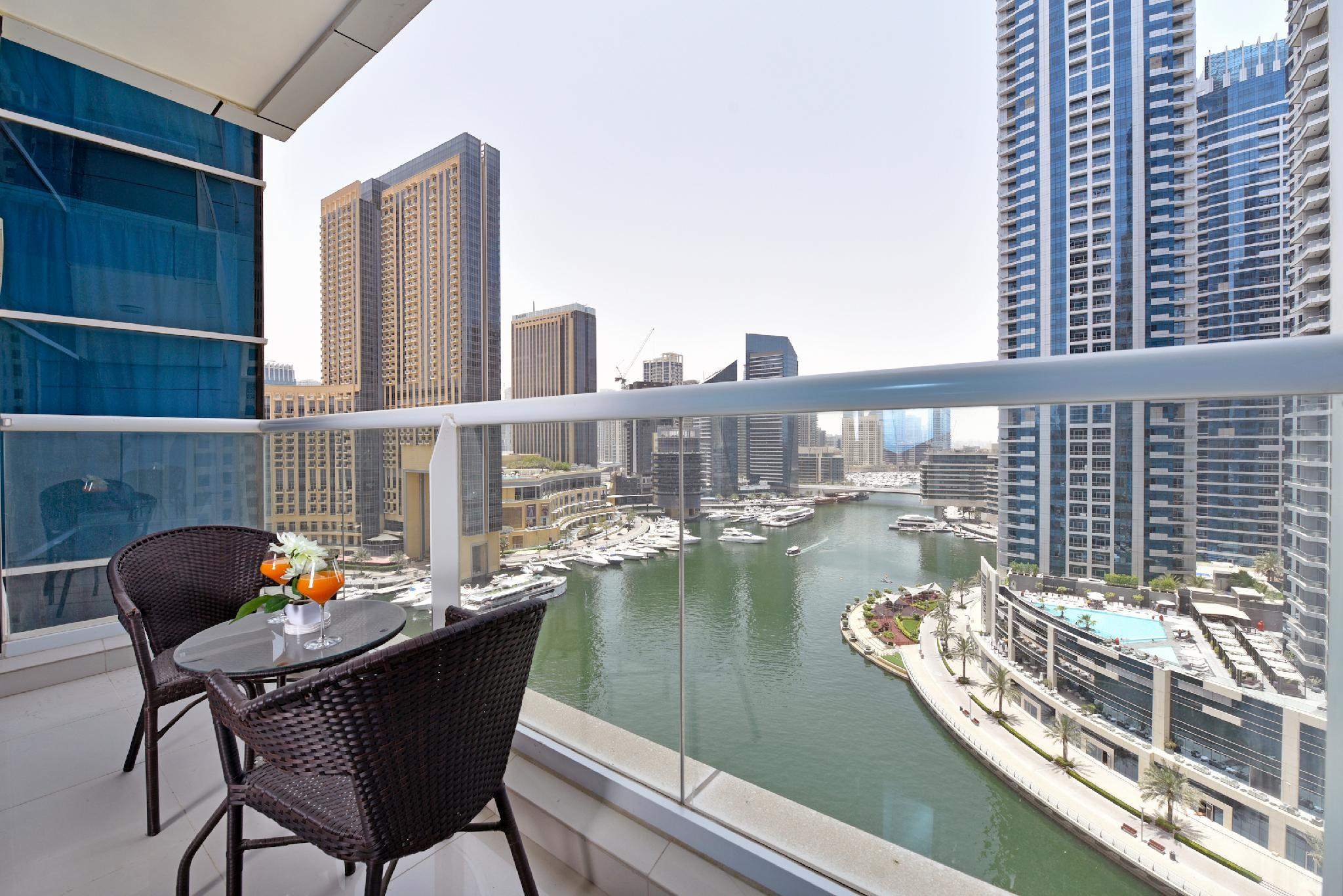 One Bedroom With Marina View In Continental Tower