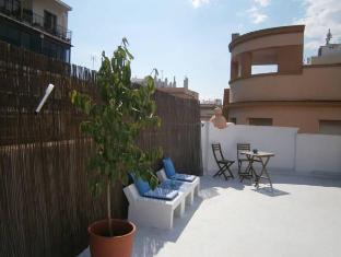 /sv-se/casa-al-sur-terraza-hostel/hotel/malaga-es.html?asq=vrkGgIUsL%2bbahMd1T3QaFc8vtOD6pz9C2Mlrix6aGww%3d