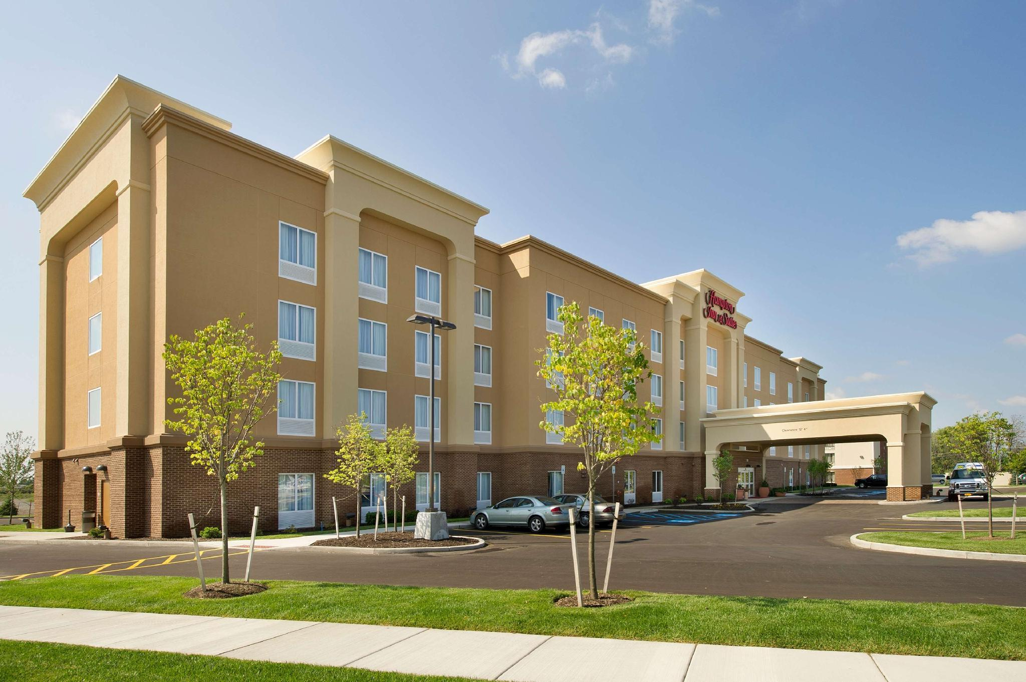 Hampton Inn And Suites Buffalo Airport