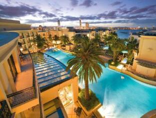 Palazzo Versace Resort Gold Coast - Swimming Pool