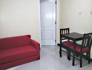 The Voyageurs Inn Manila - Room Amenities