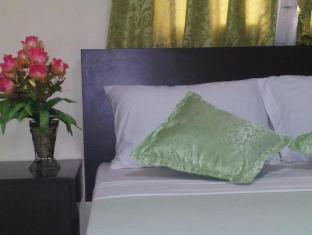 The Voyageurs Inn Manila - Guest Room