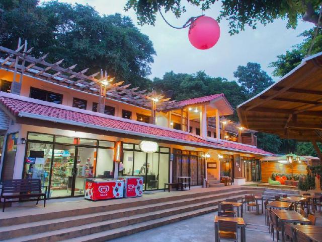 กรีน เบย์ เสม็ด รีสอร์ท – Green Bay Samed Resort