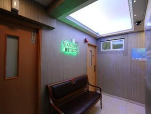 Ocean WiFi Hotel Hong Kong - Entrance