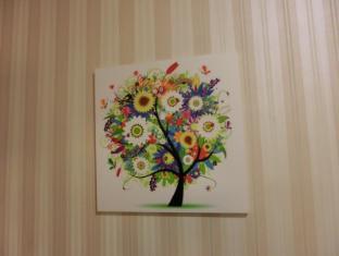 Ocean WiFi Hotel Hong Kong - Wall Painting